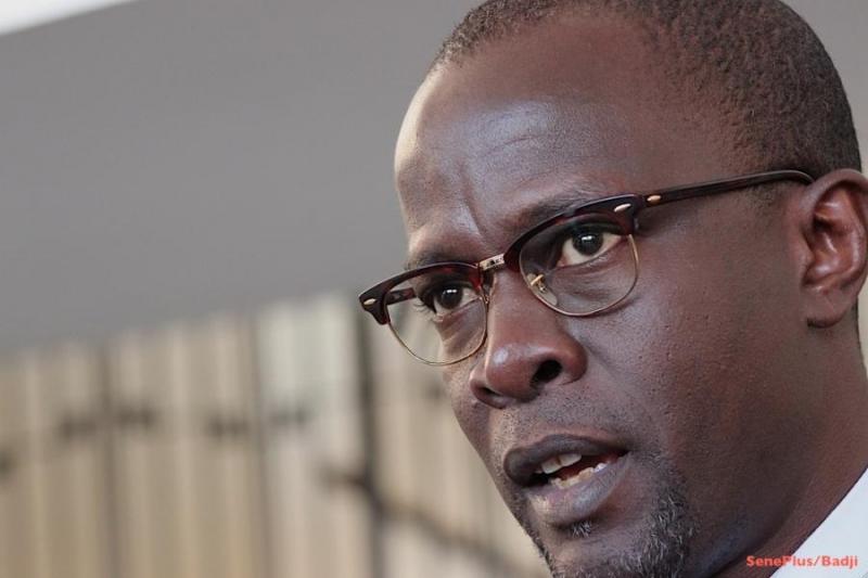 Les propos injurieux du secrétaire d'État à la Communication Yakham Mbaye mis en ligne sur Youtube. Ce dernier dément