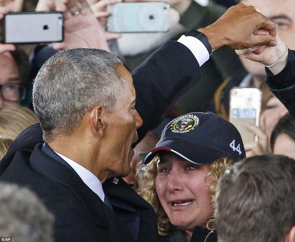Obama quitte la Maison-Blanche: ces images risquent de vous faire pleurer...