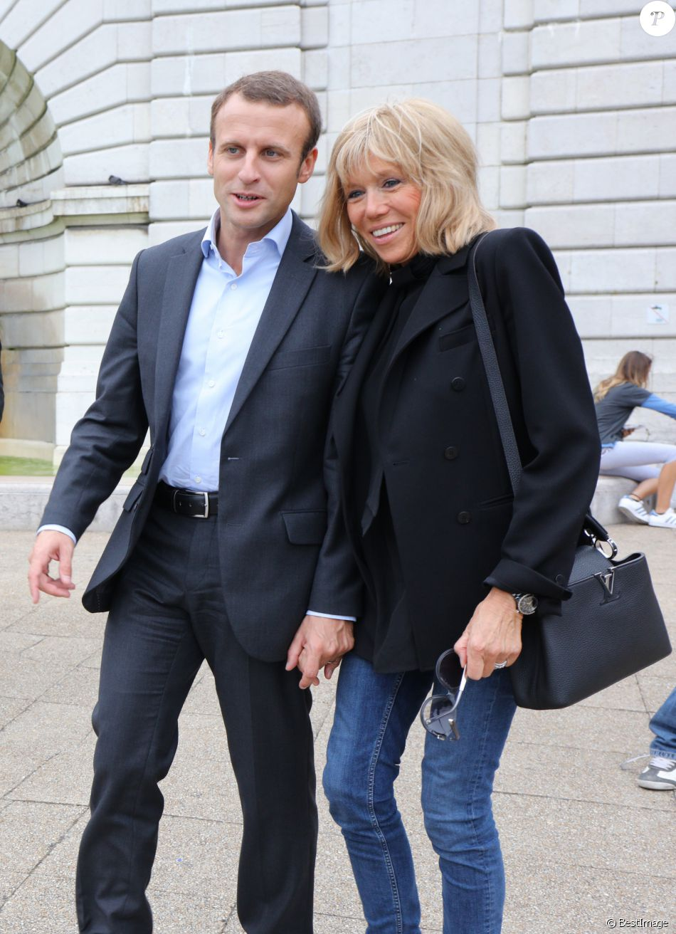 Emmanuel Macron et sa femme Brigitte, l'amour n'a pas d'âge (18 photos)