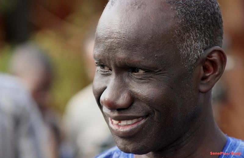 Le ministre Mbagnick Ndiaye révèle:« Karim Wade ne reviendra au Sénégal qu'en 2019 »