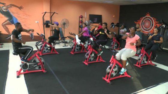 TÉMOIGNAGES: Les Salles de sport Dakaroises, devenues des lieux de rencontres...