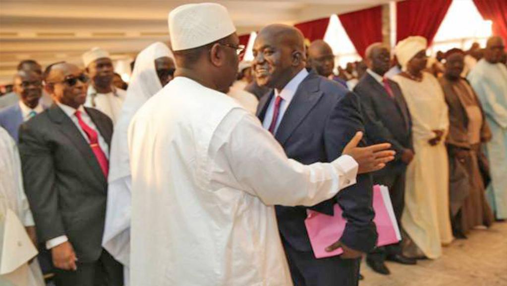 Une haute personnalité de l'opposition en complicité avec Macky, va bientôt demander  le report des législatives