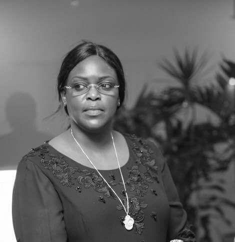 Scandale: après Macky Sall, Marième Faye Sall « photomontée » avec…