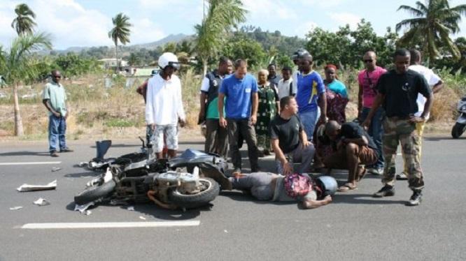Deux étudiants marocains décédés dans un accident de moto à Dakar
