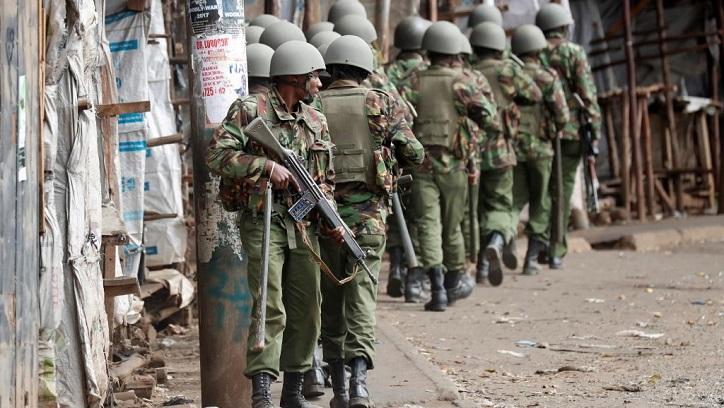Elections au Kenya: plusieurs morts dans des émeutes, l'opposition durcit le ton