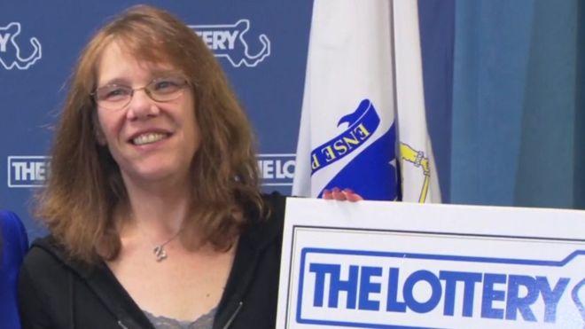 Gagnante du jackpot record, elle quitte son job