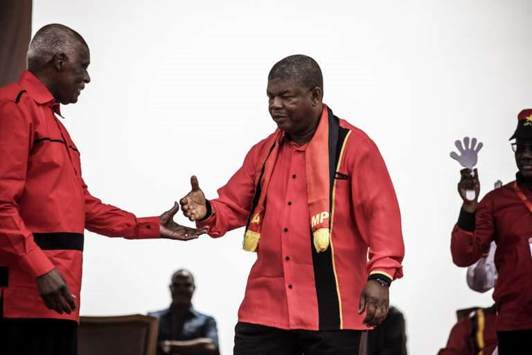 En Angola, le nouveau président s'appelle Lourenço mais l'économie rime avec dos Santos