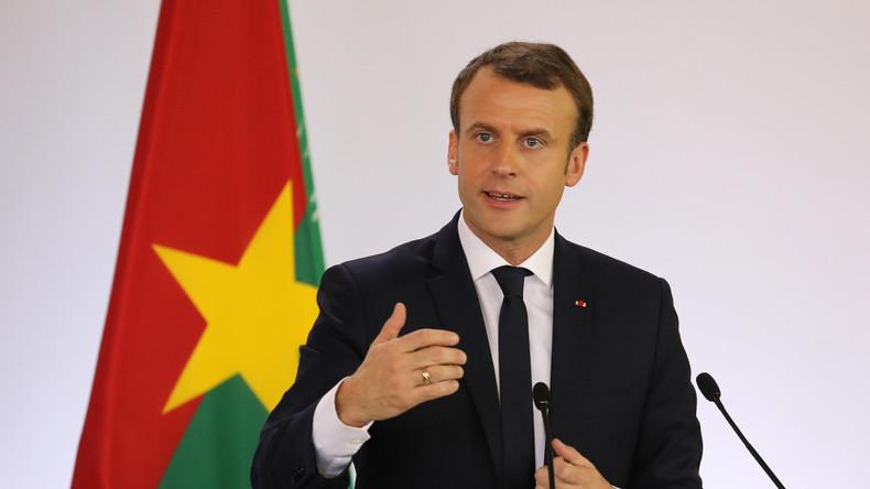 Blague de Macron et départ du président burkinabè: «pause technique» ou «incident diplomatique» ?