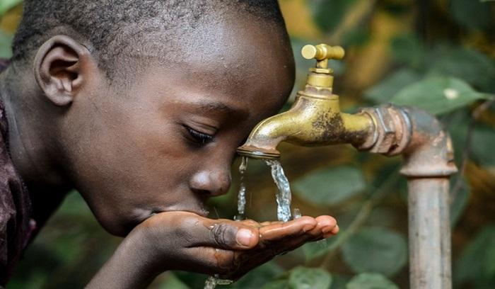 Alerte à Dakar, notre eau est devenue noire et nauséabonde