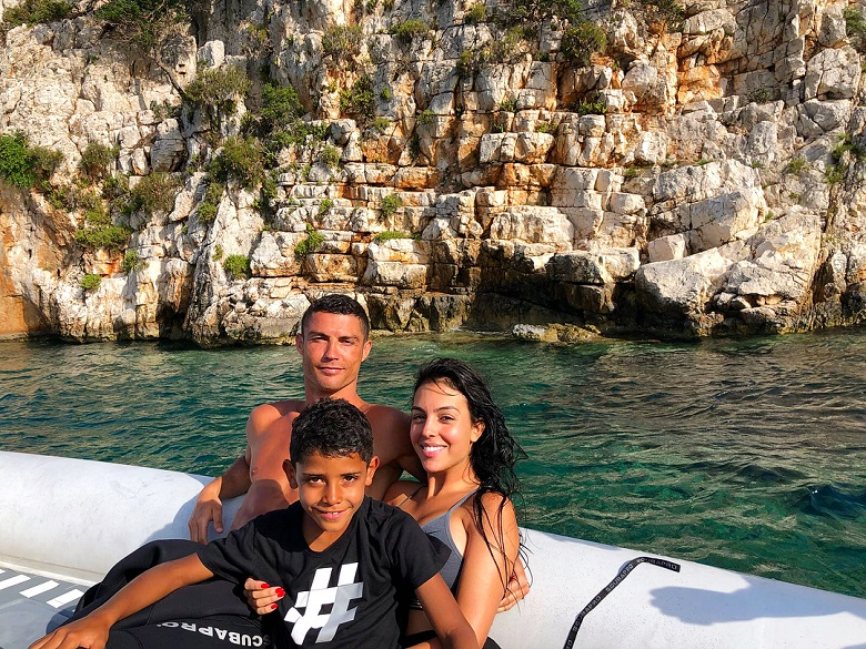 Cristiano Ronaldo et Georgina Rodriguez en vacances