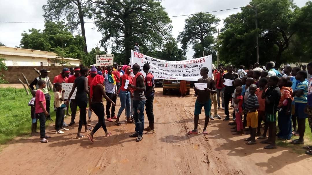 """Bignona: les populations des """"Kalounayes"""" protestent et rappellent Macky ses promesses"""
