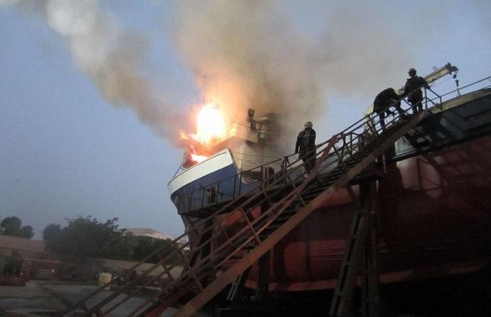 Violent incendie au port de Dakar: Deux bateaux réduits en cendre