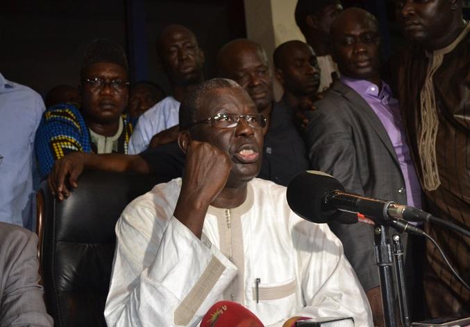 Babacar Gaye dénonce: « La vie du candidat Macky Sall n'est pas plus importante que celle des autres »