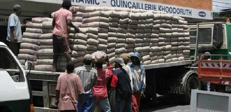 URGENT: L'Etat annule l'augmentation du prix du ciment