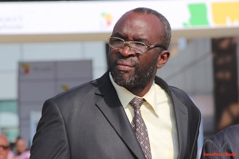 Moustapha Cissé Lô fuit le débat sur le 3e mandat