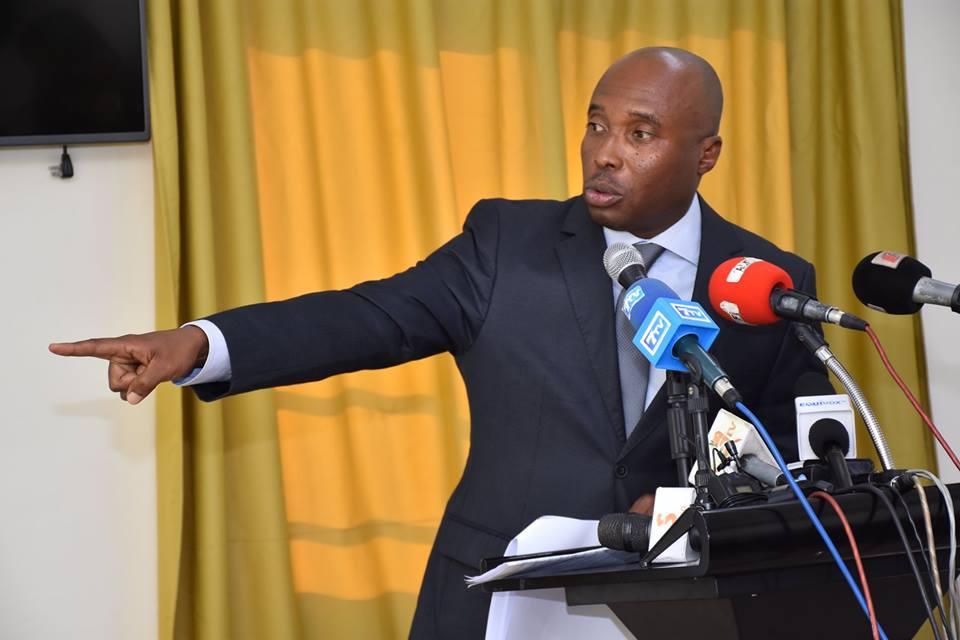 Barthélémy Dias révèle: « Macky Sall est en train de manigancer un demi 3e mandat et veut repousser la présidentielle de 2024 »