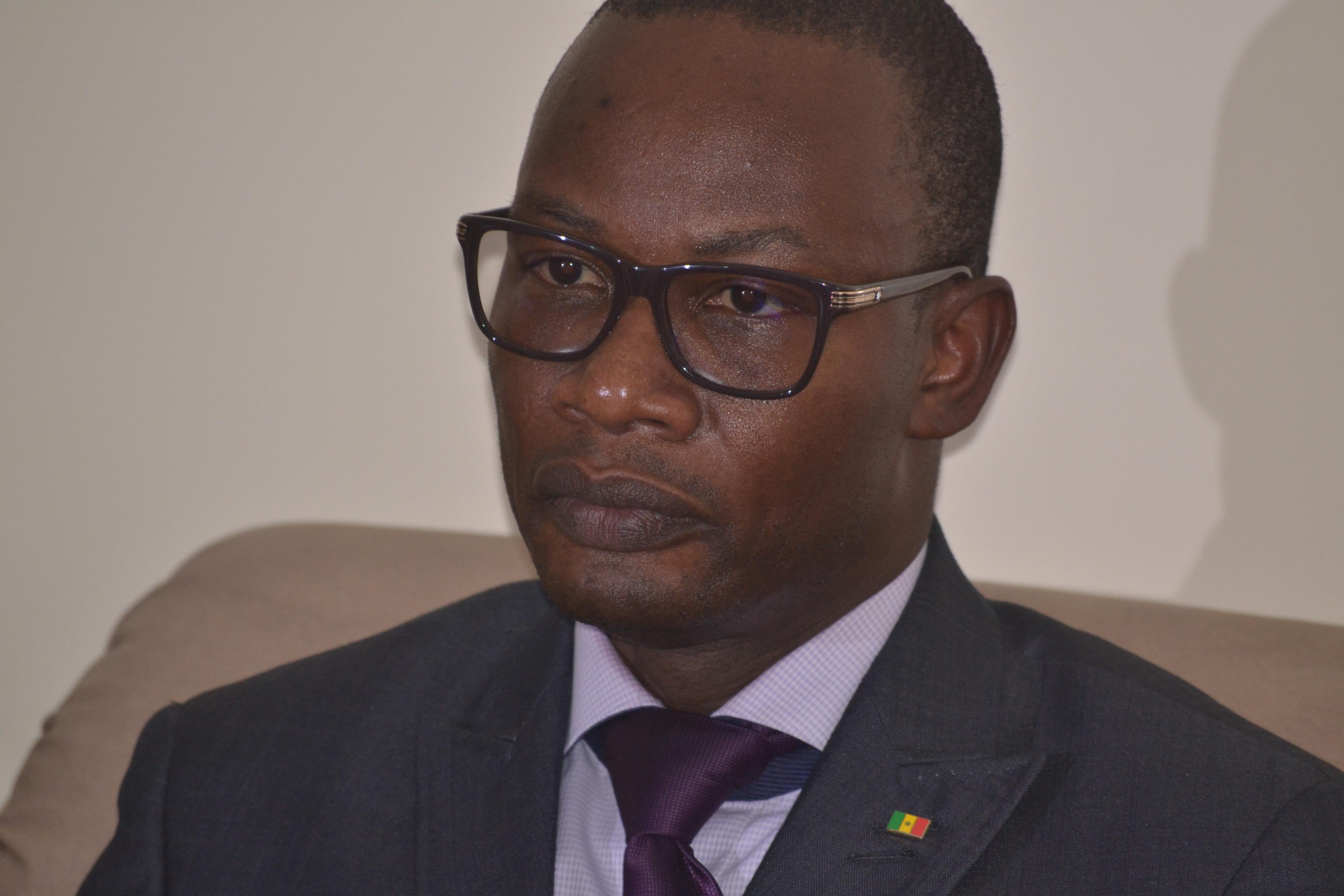 """Me Moussa Diop démis de ses fonctions de DG de """"Dakar Dem Dikk"""""""