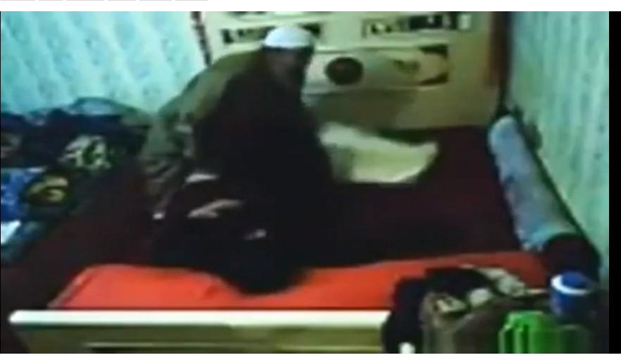 Un imam filmé en pleins ébats sexuels par sa copine
