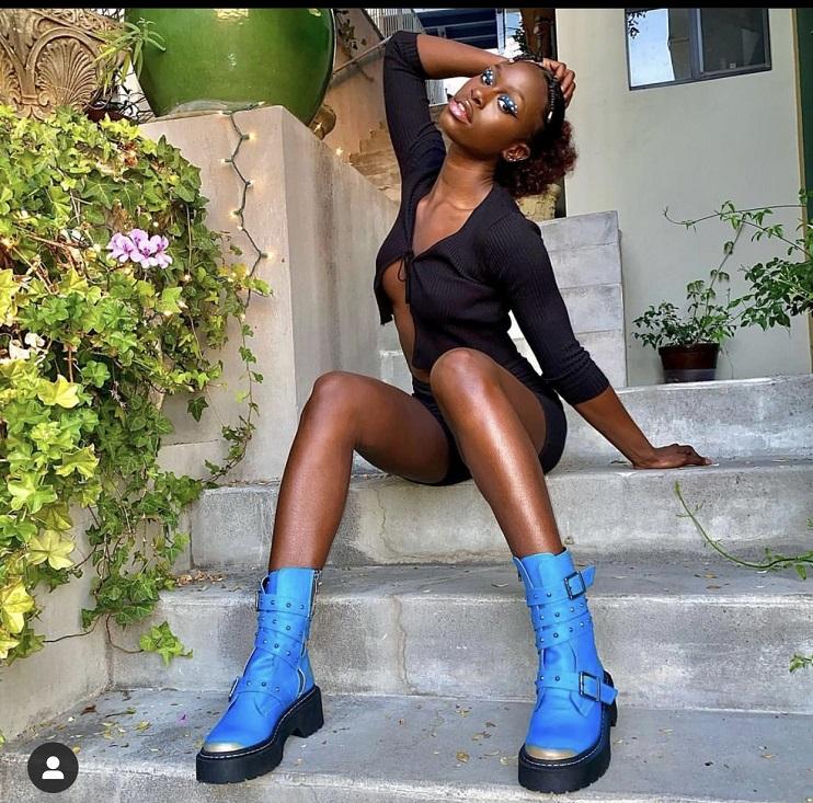 Diarra de « Sen Petit Gallé » pose presque n*e, et fait trembler Instagram (photos)