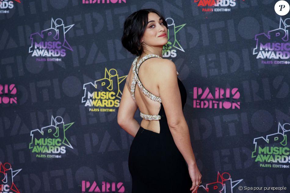 NRJ Music Awards : Amel Bent et Wejdene enflamment le tapis rouge