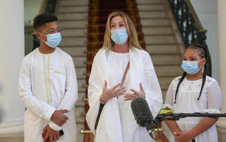 """La veuve de Pape Bouba Diop: """"J'ai peur de retourner à Lens"""""""