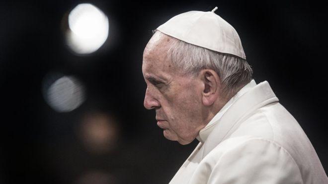 Le pape François va-t-il démissionner après Noël ?