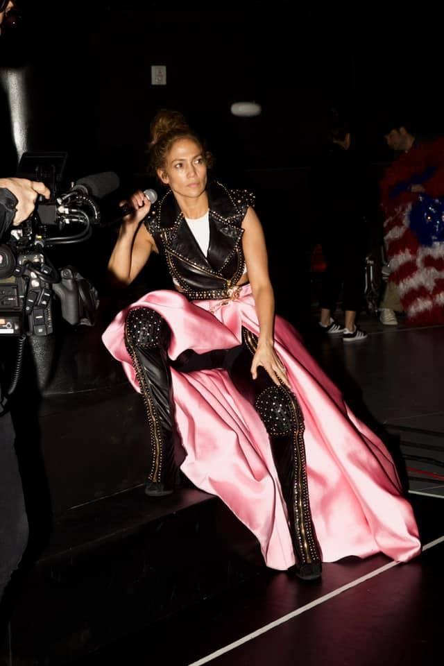 À 51 ans,  Jennifer Lopez toujours sexy !!!