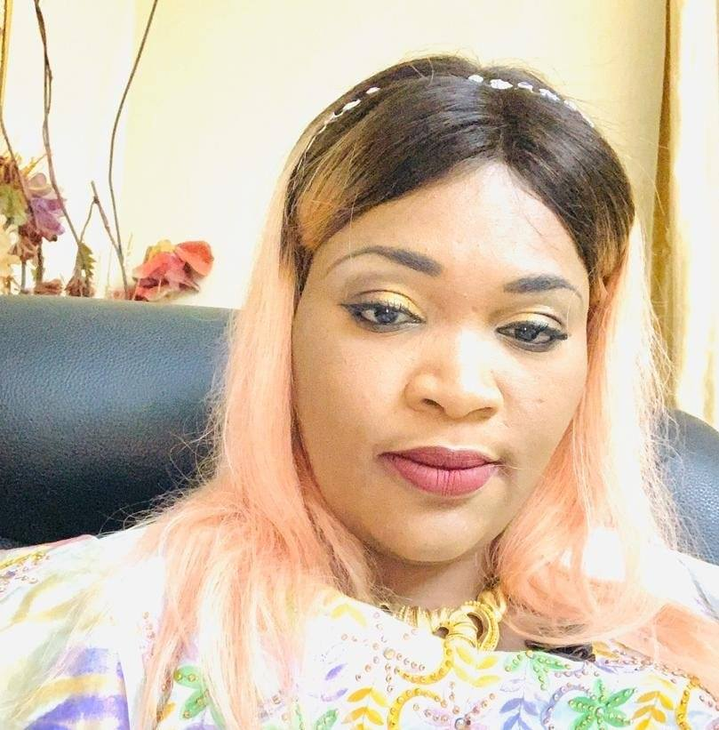 "La journaliste Ndeye Fatou Ndiaye à Macky : ""Saisissez la seconde chance !!!!!"""