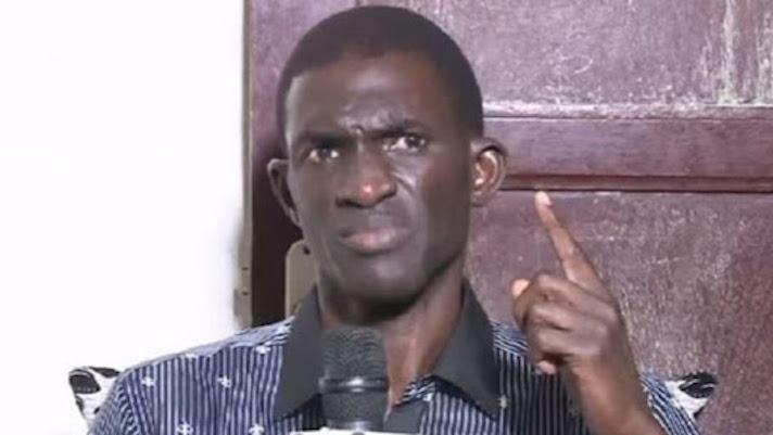 Ansoumana DIONE demande au président SALL de démissionner avant le 3 avril 2021