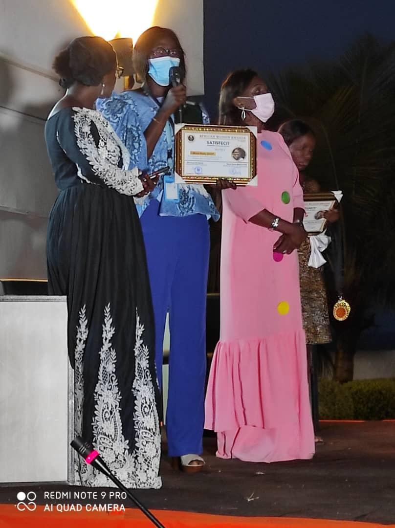 """Le Sénégal à l'honneur : Khady Yama Diop lauréate du prix """"African Women Awards"""""""