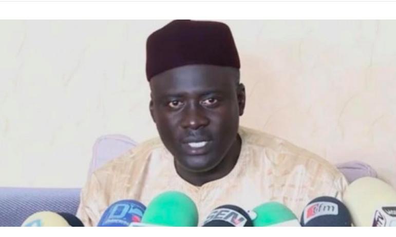 PASTEF saigne : Abdou Samath Mbacké Cheikouna lâche Sonko et rejoint Macky