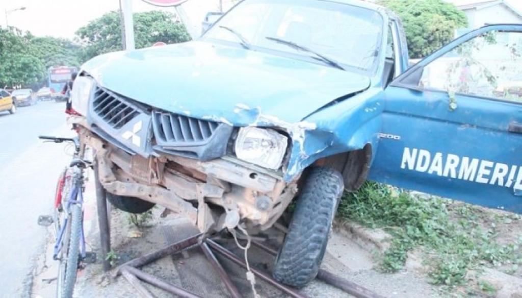 Cap Skirring : Un véhicule de la gendarmerie percute un poteau électrique...
