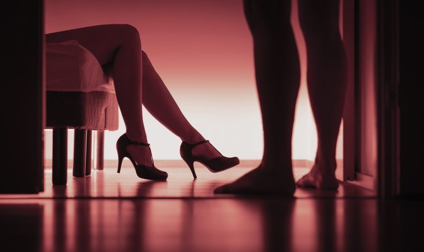 Une prostituée emporte les 6 millions de Fcfa de son client