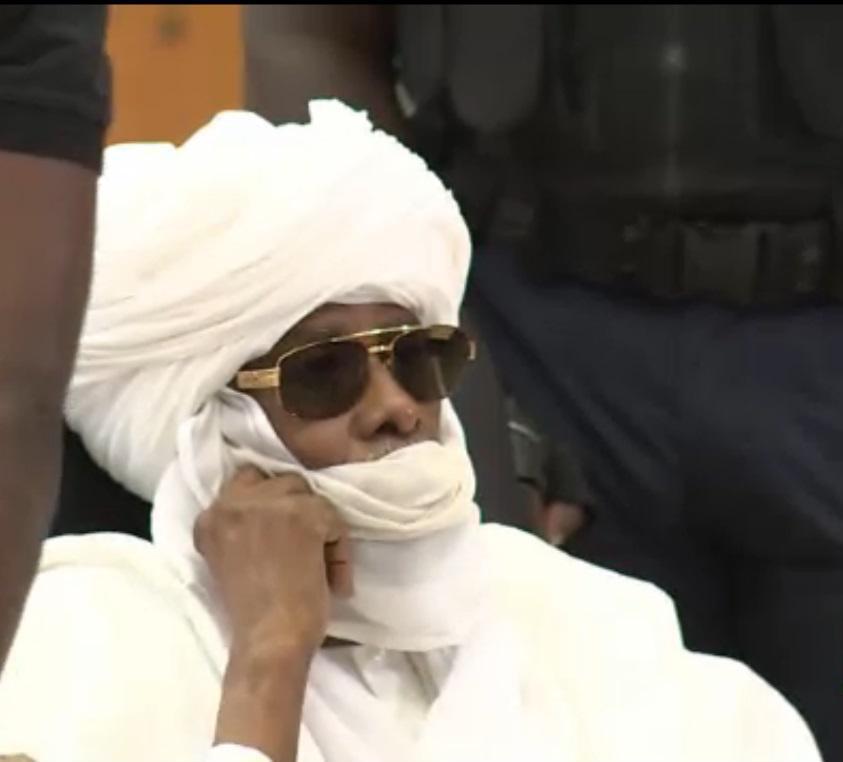 """""""800 millions pour salir la peau de Habré"""" : Abdou Khadre Lô apporte des """"précisions utiles"""""""