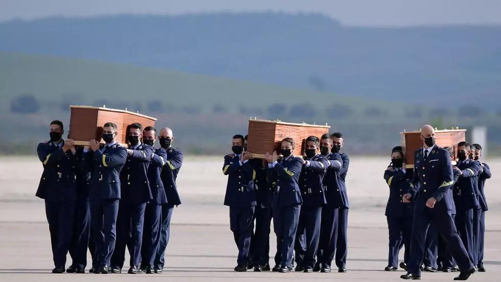 L'arrivée en Espagne des dépouilles des trois Européens assassinés au Burkina Faso