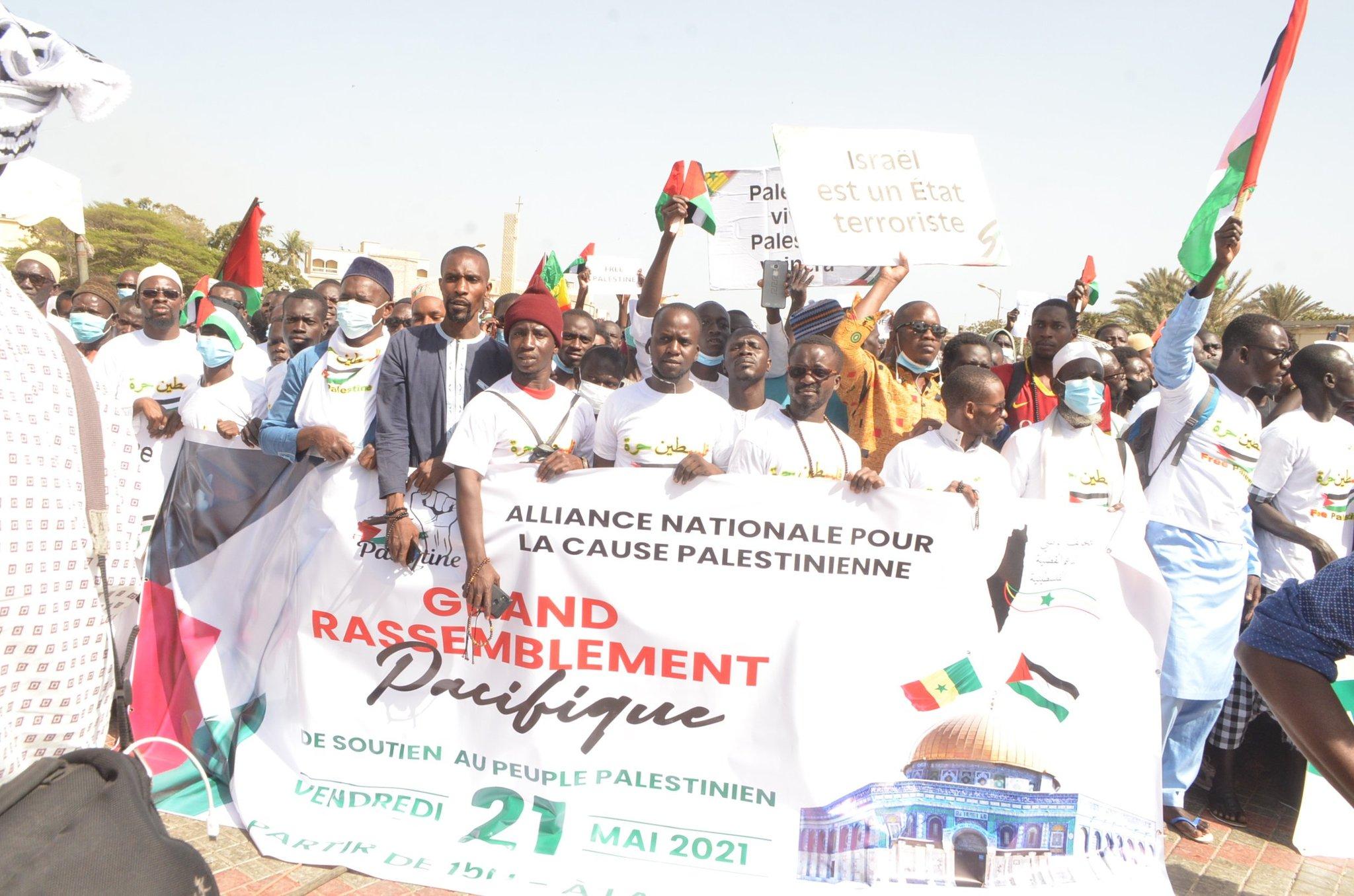 Le peuple Sénégal derrière la Palestine et désavoue Macky
