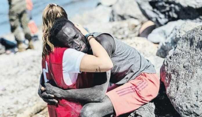 Immigration clandestine : une photo qui fait parler le monde !