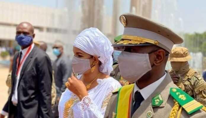 Epouse du colonel Assimi Goïta, Lala Diallo enflamme la Toile !