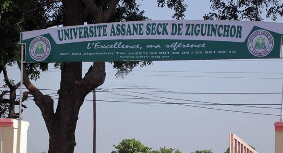 UASZ : Les étudiants décernent un prix de reconnaissance à l'opérateur économique Mansour Ba