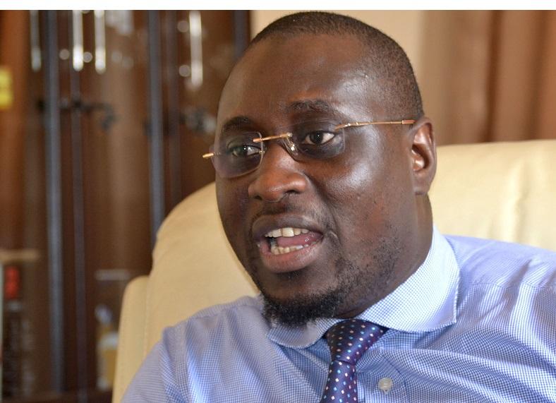 """Ibrahima Serge Malou : """"Pourquoi j'ai organisé une journée de révision et de synthèse en philosophie en faveur des élèves de terminale de la commune de SICAP Liberté"""""""