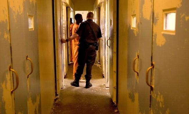 France : Une avocate et un détenu surpris en plein rapport sexuel dans une prison
