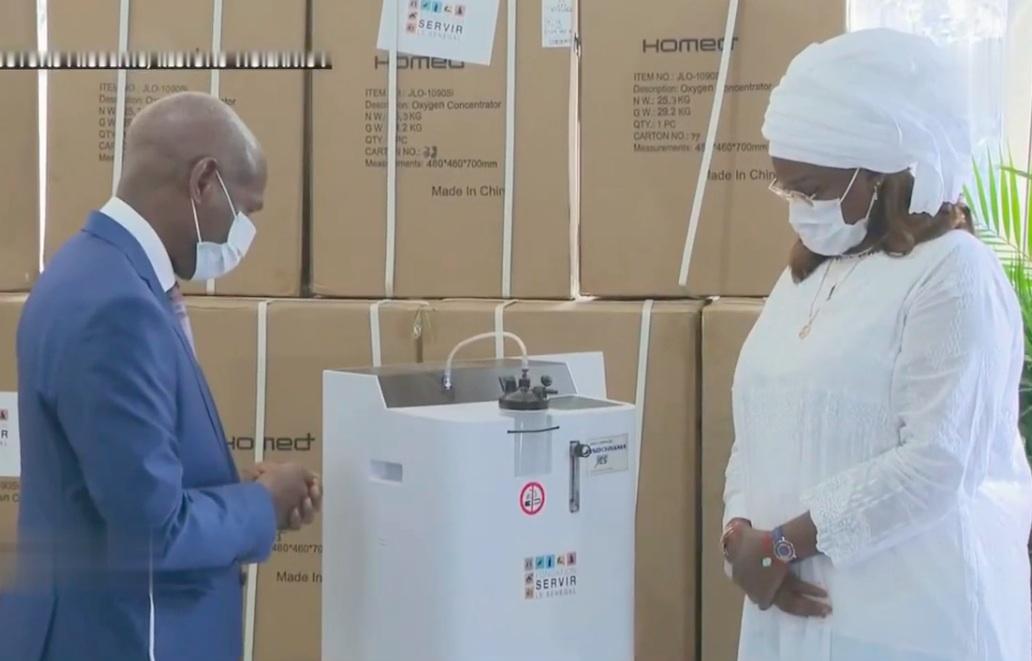 """100 concentrateurs d'oxygène offerts : Quand les ICS font du """"voyais moi """""""