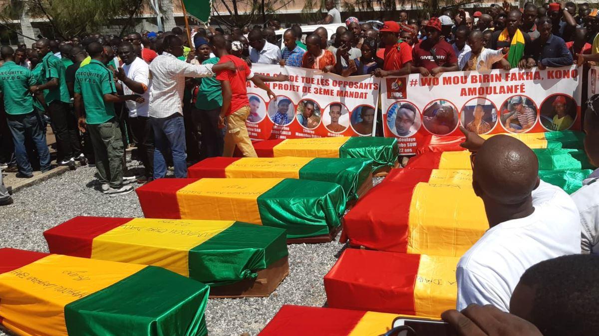 """""""Où était Mamady Doumbouya quand le peuple de Guinée était férocement réprimé par Alpha Condé ?"""""""