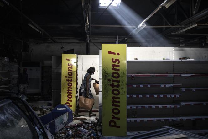 """Sénégal : : Une Togolaise condamnée pour avoir volé 2 kg de viande dans un magasin """"Auchan"""""""