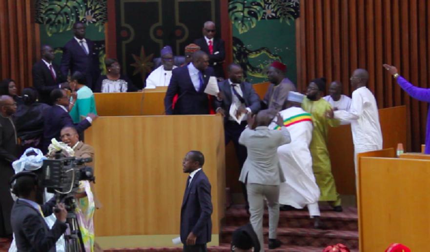 L'Assemblée passe de 165 à 164 députés...les raisons...