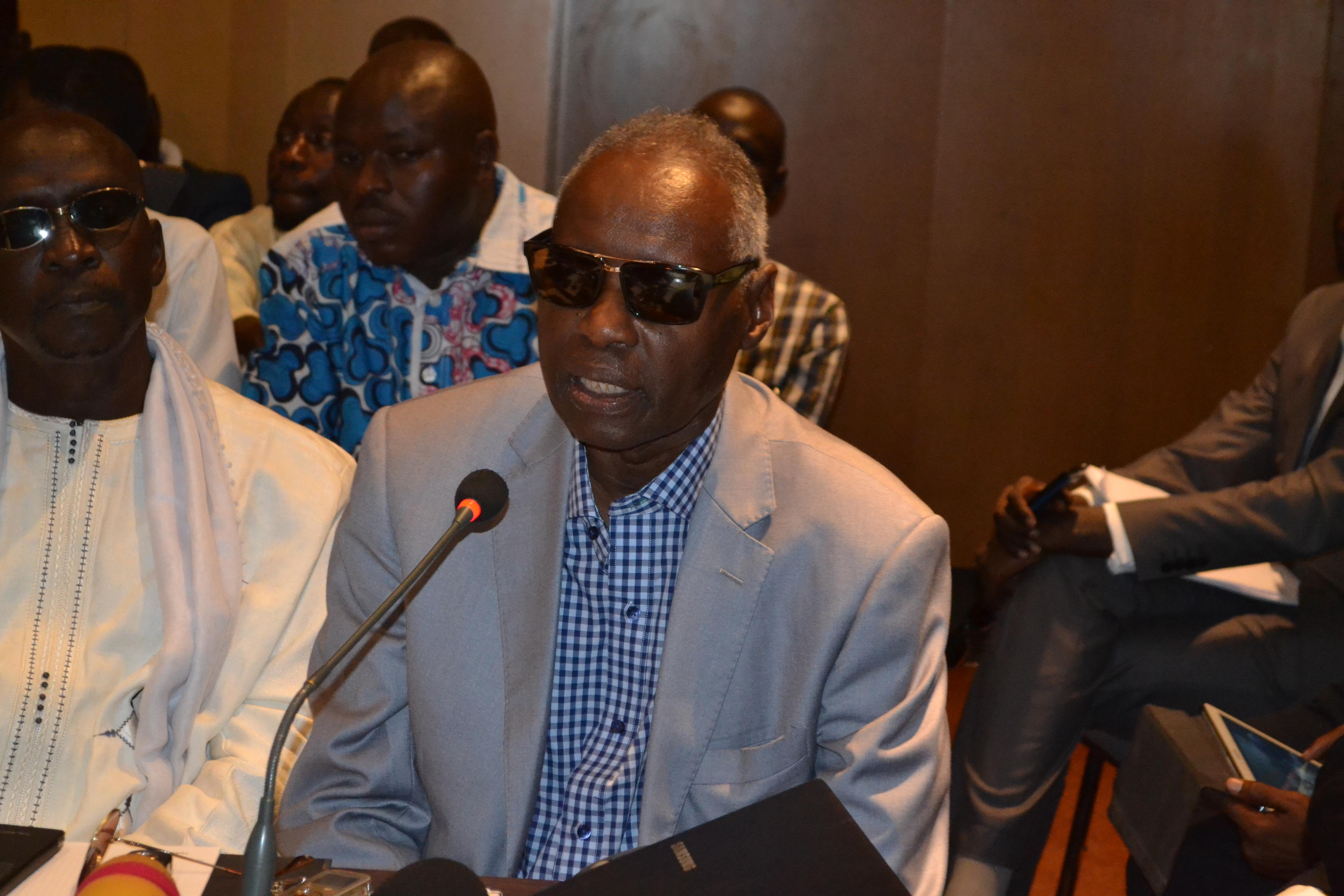 Abdoulaye Elimane Kane à Tanor: « Il ne sert à rien de défendre Macky Sall, il a fait du wakh wakhète »