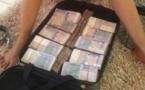 Un adolescent 14 ans vole 27 millions F CFA à son père et séjourne dans de luxueux hôtels