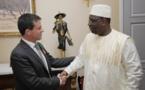 Manuel Valls arrose des promesses au Gouvernement Sénégalais