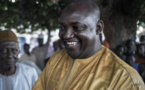 Gambie : qui est Adama Barrow, l'homme qui a réussi à faire tomber Yahya Jammeh ?