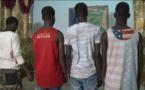 Vidéo: Ces adolescents membres d'une bande armée, cambriolaient des...